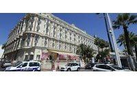 Jewels worth 40 million euros stolen in Cannes