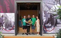 Adidas eröffnet Pop-up-Store in Halle Leipzig