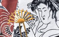 Выпускники БВШД создали аксессуары к открытию выставки «Шедевры живописи и гравюры эпохи Эдо»