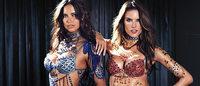 Duas angels apresentam porta-seios milionário Victoria's Secret