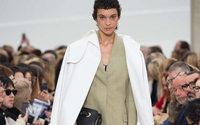 Paris Fashion Week: da Céline, Phoebe Philo mostra ancora la strada da seguire
