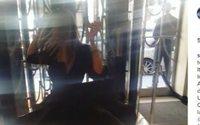 Sarah Jessica Parker lanza una línea de vestidos negros
