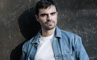 Le podcasteur Adrien Garcia lance sa marque de mode