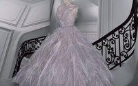 """Dior apresenta novo """"Theatre de la Mode"""" surrealista"""