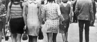 La mini-jupe, scandaleuse des sixties, devenue un basique de la mode