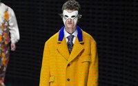 Gucci: la collezione in maschera, collari e aculei
