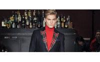 Schauen: Die Männerkollektion von Moschino zeigt sich statt in Mailand in Shanghai