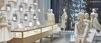 Valentino apre un negozio a Manhattan e lo festeggia con una sfilata