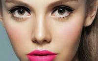 Las españolas empiezan a maquillarse a los 16 años