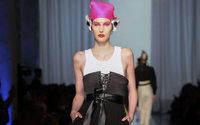 Défilés haute couture : Jean Paul Gaultier à la campagne, Elie Saab en Egypte