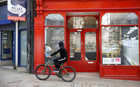 UK high streets suffer record net drop in store numbers