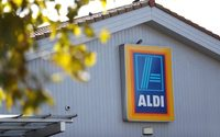 Aldi, Lidl and Amazon to be included in Sainsbury's-Asda probe