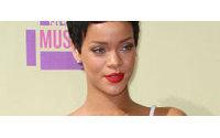 Rihanna estreia no mundo da moda