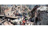 Asciende a 233 el número de muertos en el derrumbe de un edificio cerca de Dacca
