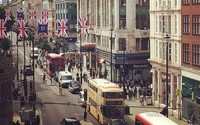 London urged to reduce number of buses on Oxford Street