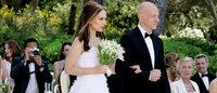 Natalie Portman é noiva em fuga no novo vídeo Dior