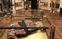 Balmain la joue grandiose pour sa nouvelle boutique parisienne