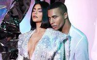 Kylie Jenner et Balmain présenteront leur collab beauté lors de la fashion week parisienne