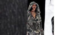 Rihanna Puma ile ikinci işbirliğinin tanıtımı için Paris'te