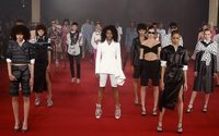 Close cuts and monochrome rule the Paris catwalk