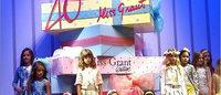 Pitti Bimbo 81: Miss Grant festeggia 40 anni