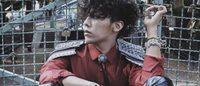 权志龙穿Chanel女装登VOGUE韩国版开年刊封面