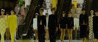 Vuitton bringt Strenge zum Pariser Schauen-Ende