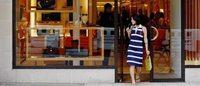 Louis Vuitton poursuit des vendeurs en ligne d'articles contrefaits