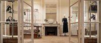 Salvatore Ferragamo riapre rinnovato e ampliato il flagship store di Avenue Montaigne a Parigi