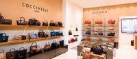 Coccinelle spinge sul retail all'estero