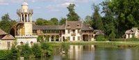 La maison Dior restaura l'antico borgo di Maria Antonietta a Versailles
