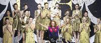 ラップドレス40周年 ダイアン フォン ファステンバーグが東京でショー開催