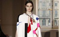 Empieza la Alta Costura de París con cambios en Atelier Versace y Givenchy