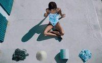Adidas lança coleção de moda praia feita de plásticos retirados do oceano