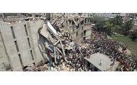 Dan por concluidas las labores de rescate en el edificio de fábricas textiles hundido en Dacca