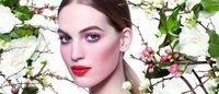 Maquiagem 2015: boca brilhante e olhar pastel na Chanel