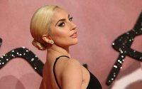 Tiffany leva Lady Gaga a um anúncio seu pela 1ª vez no Super Bowl