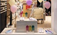 La firma de calzado Victoria abre en Salamanca su primera tienda física