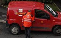 Royal Mail workers vote to strike in pension dispute