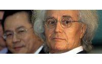 Luciano Benetton, criador de polémicas campanhas, completa 80 anos de paixão pela moda