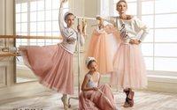 Zarina выпустила благотворительную коллекцию Be Proud of Russia