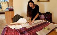 De la broderie à l'impression digitale : une Palestinienne revisite l'habit traditionnel