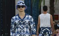 Dolce & Gabbana plonge dans le grand bleu