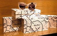 Max Mara propone degli occhiali in serie limitata in collaborazione con l'artista Shantell Martin