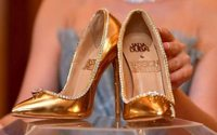Un paio di scarpe da 17 milioni di dollari in mostra a Dubai