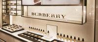 Burberry aplicará un plan de reducción de costes tras ganar un 8% menos