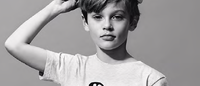 Lacoste Kids collabore avec l'artiste Steven Harrington