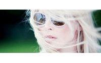 Claudia Schiffer startet Brillenkollektion