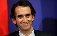 Carrefour confirms FNAC boss Bompard as its new chief