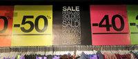 Les soldes démarrent plus fort à Paris et en ligne qu'en province